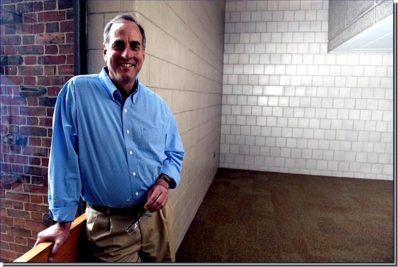 Dr. Daniel L. Distel
