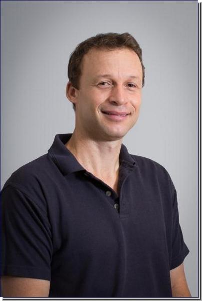 Dr. Ivan K. Nagelkerken